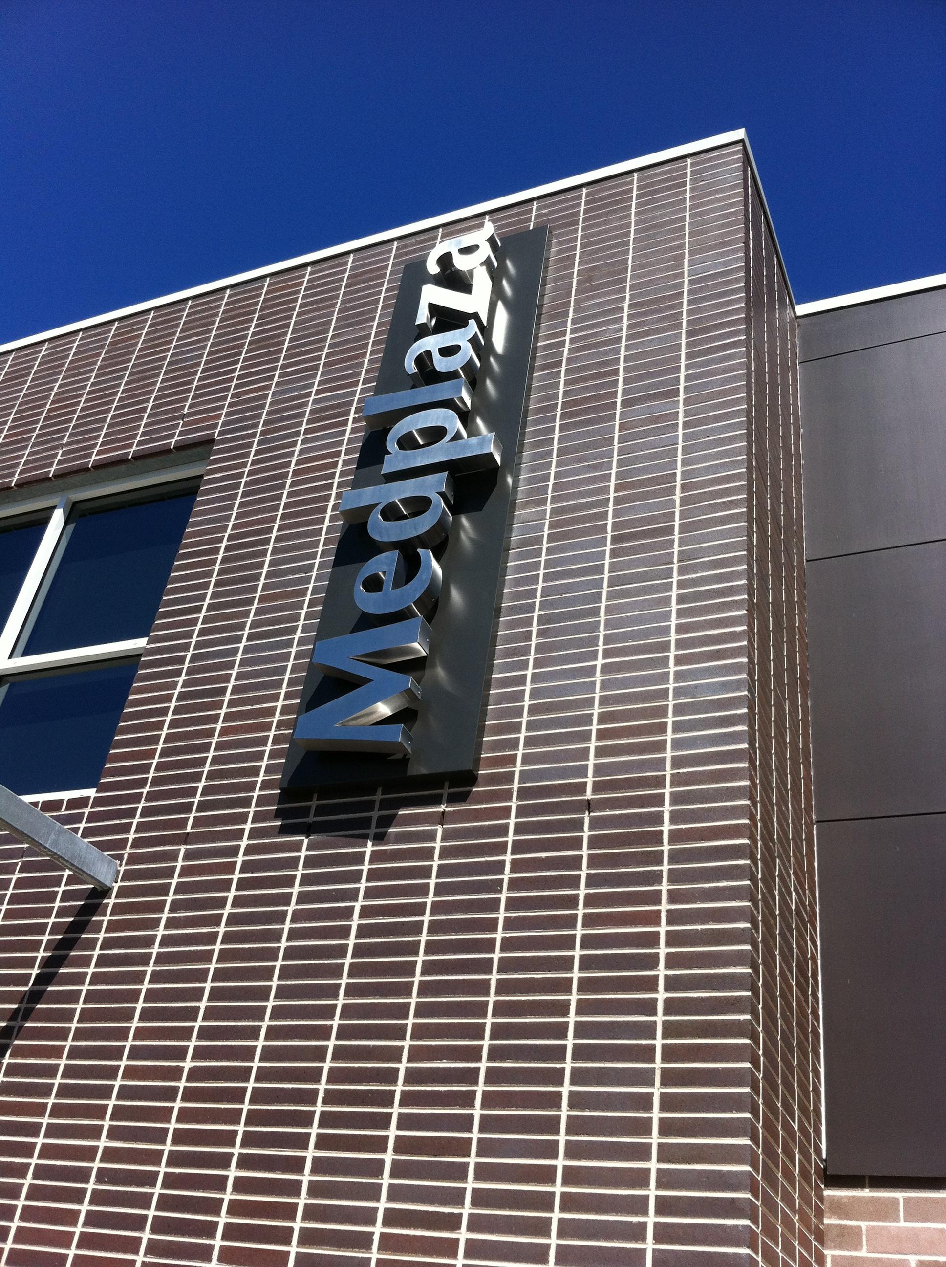 Jmac Graphics, Signage, Outdoor, Awning, 3D, Med Plaza