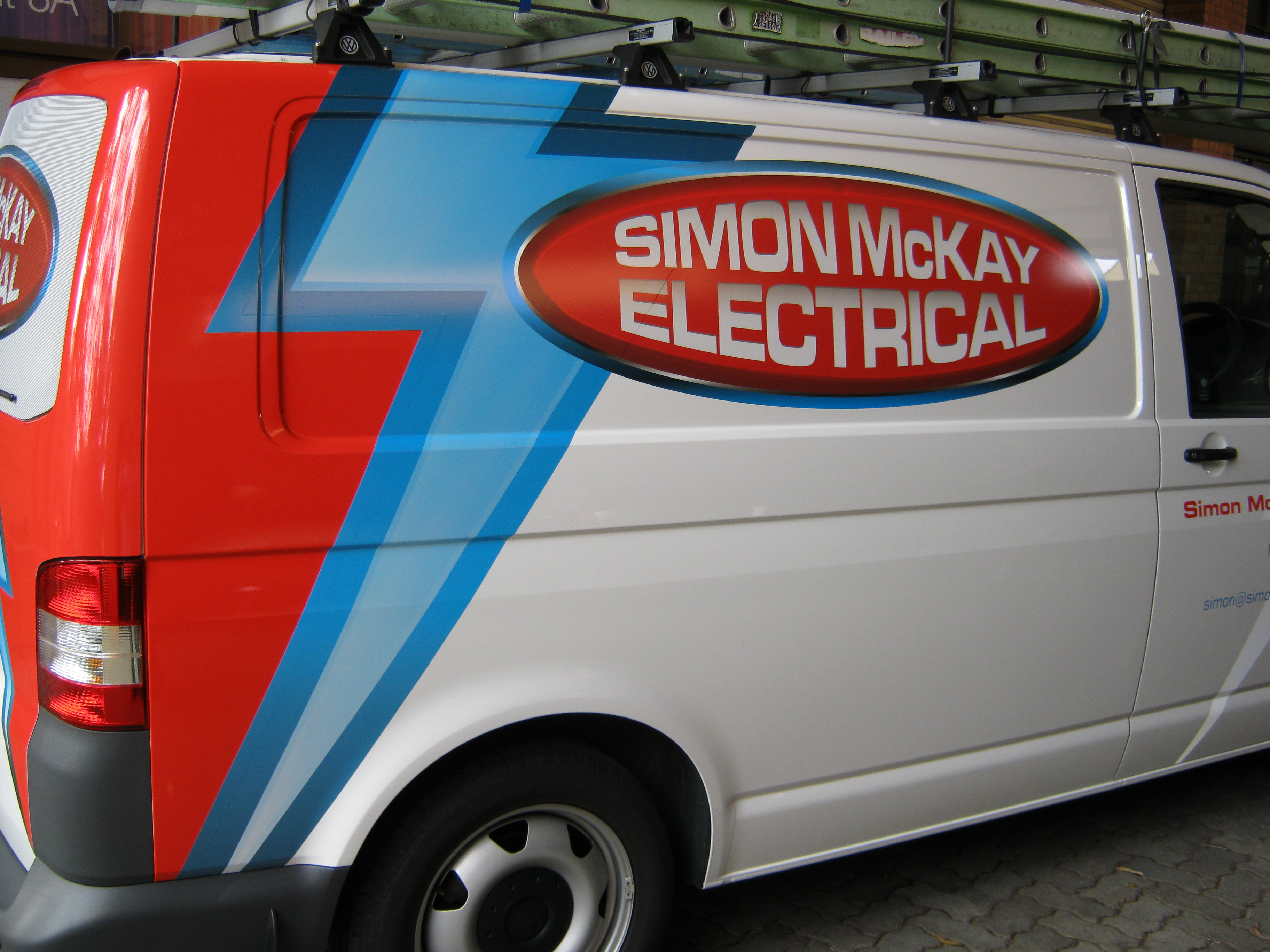 Jmac Graphics, Signage, Outdoor, Wrapping Car, Wrapping Van, Simon McKay Electrical