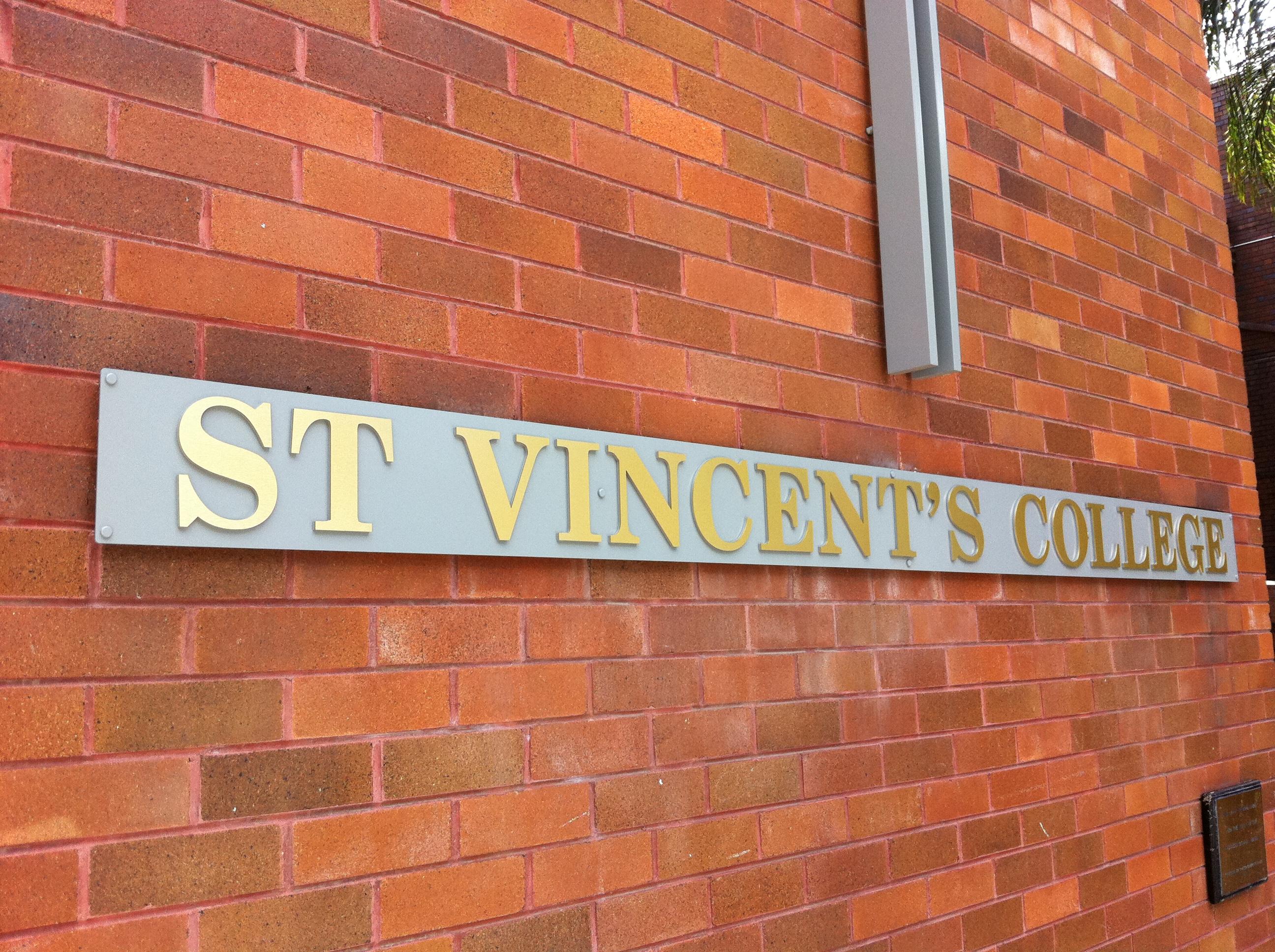 Jmac Graphics, Signage, Outdoor, Building, Awning, 3D, St Vincent's College